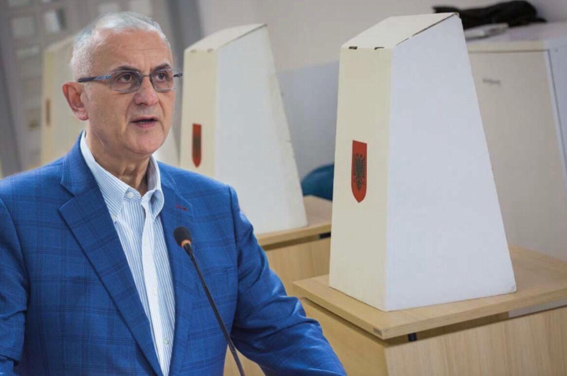 Petrit Vasili: Zgjedhjet nuk jane fushata grumbullimi patatesh te kalbura te krimit!!!