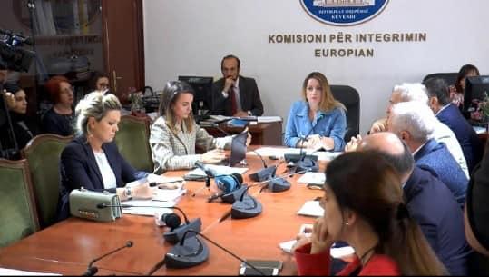 Tre pyetjet për Ministren e Drejtësisë, znj. Etilda Gjonaj, gjatë seancës dëgjimore në Komisionin e Integrimit Europian
