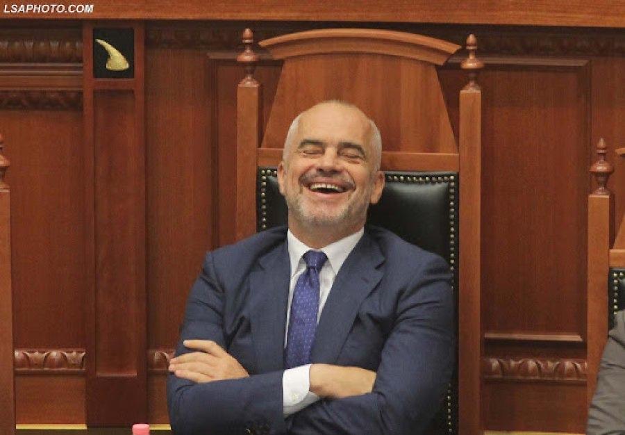 Rama po zbavitet me shqiptarët