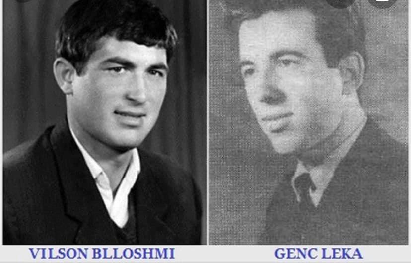 Inskenimi i gjyqit të poetëve Vilsoni Blloshmi dhe Genc Leka.