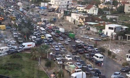 """""""30 VJET KAOS"""" Fotografija pasqyra e vertet e politikes Shqipetare!"""