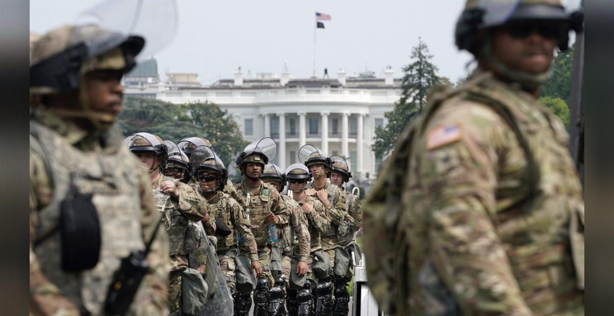 Në Washington DC të paktën 10,000 trupa të Gardës Kombëtare.